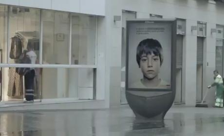 Anti-Child Abuse Ad Displays Secret Message Just For Kids