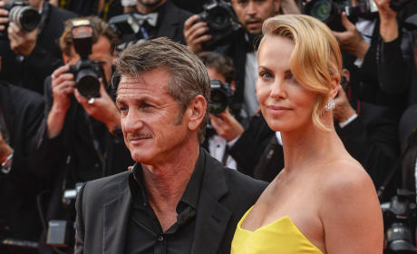 Sean Penn, Charlize Theron Red Carpet Pic