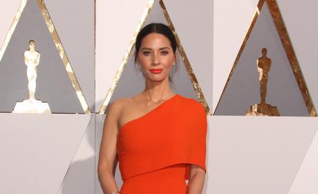 Olivia Munn: 2016 Academy Awards