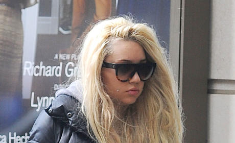 Amanda Bynes: Paranoid and Bleeding Money, But Now on Medication