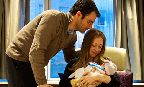 Chelsea Clinton Baby Photos: First Adorable Look!