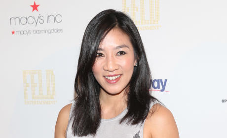 Michelle Kwan Joins Hillary Clinton Campaign Staff!