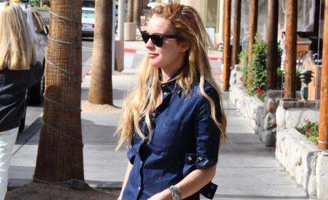 Lindsay Lohan: Home For the Holidays?