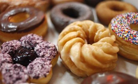 National Donut Day: Free Delicious Food Alert!