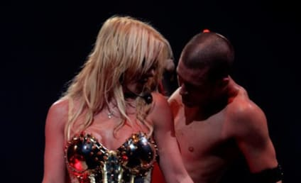 Britney Spears: Dating Chase Benz?
