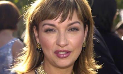 Elizabeth Pena Dies; Actress Was 55