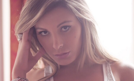 Andressa Urach, Miss Bum Bum Contestant, Decries Plastic Surgery After Botched Operation