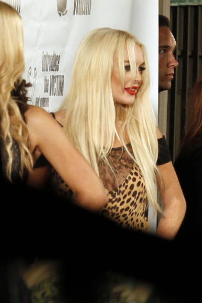 Lindsay Looking Like Xtina