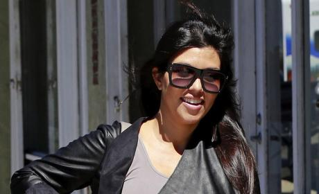 Kourtney Kardashian Baby Bump Photo