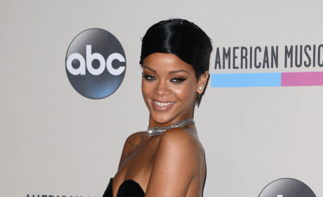 Rihanna to NFL: Who Said You Could Use My Song, Anyway?!