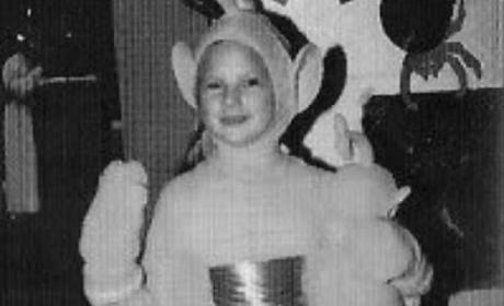 Taylor Swift Shares Epic Throwback Photo of Teletubby Halloween Costume