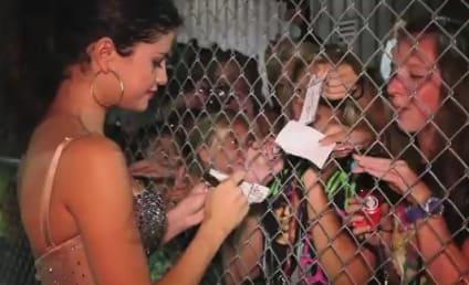 Selena Gomez Loves Her Fans, Teen Wolf