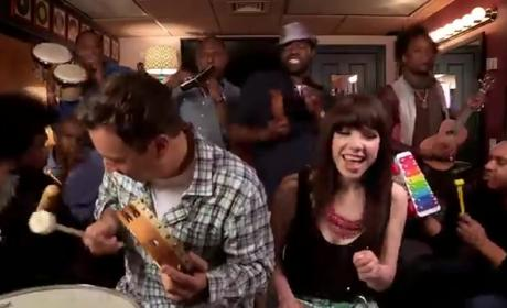 """Carly Rae Jepsen and Jimmy Fallon - """"Call Me Maybe"""""""
