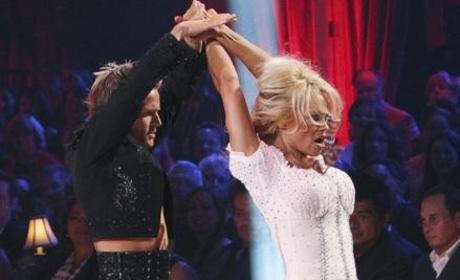 Kendra Wilkinson Feeling Belittled, Embarrassed on Dancing With the Stars
