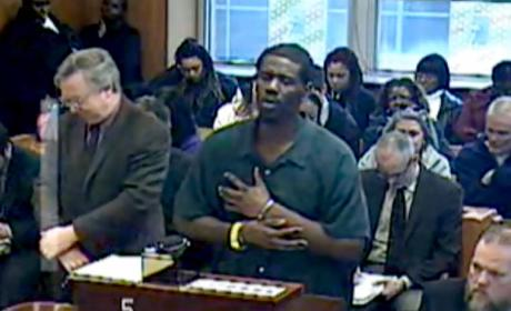 Convicted Felon Sings Like Adele in Court