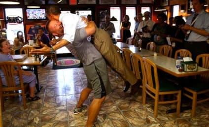 Pizza Guy Bear Hugs Obama, Trolls Go Nuts on Yelp