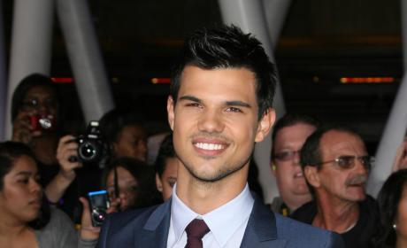 Taylor Lautner at Breaking Dawn Premiere