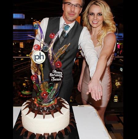 Britney Ring