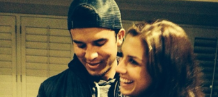 Alex Morgan: Engaged to Servando Carrasco!