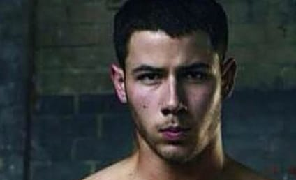 #ManCrushMonday: Shirtless Nick Jonas Alert!