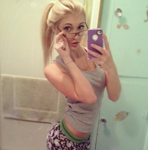 Anna Faith Carlson Selfie