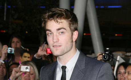 Who looked better at the Breaking Dawn premiere, Rob or Taylor?
