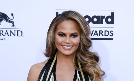 Chrissy Teigen at Billboard Music Awards