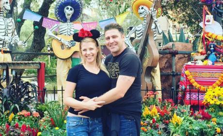 Jodie Sweetin Justin Hodak Disneyland Pic