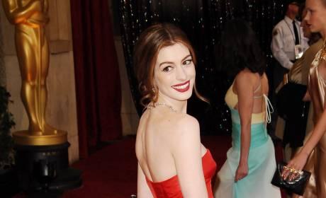 Academy Awards Fashion Face-Off: Anne Hathaway vs. Scarlett Johansson