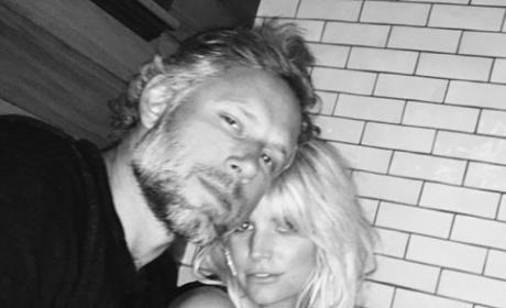 Jessica Simpson, Eric Johnson Celebrate 5-Year Anniversary!