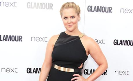 Amy Schumer: I'm 160 Pounds and Still Get D--k!