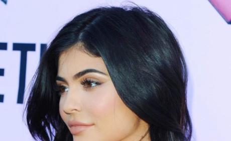 Kylie Jenner Profile