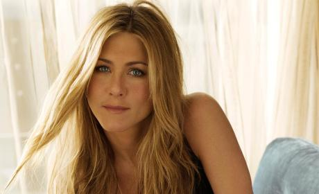 Jennifer Aniston on Kim Kardashian Butt Cover: I Bared Mine First!