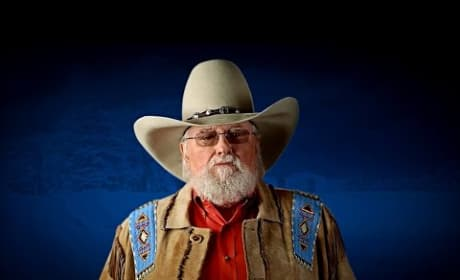 Country Music Legend Slams Obama, Threatens Iran