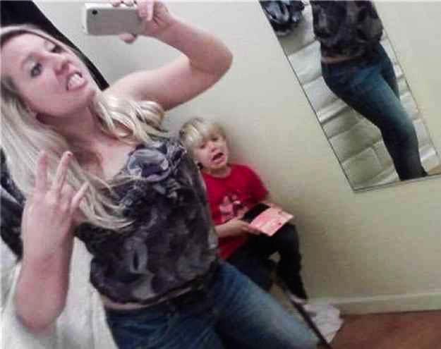 Mom Took Selfie On Toilet - Why One Mom took a Toilet Selfie