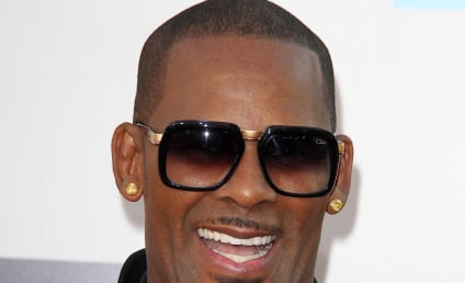 R. Kelly Compares Chris Brown to Martin Luther King, Jesus