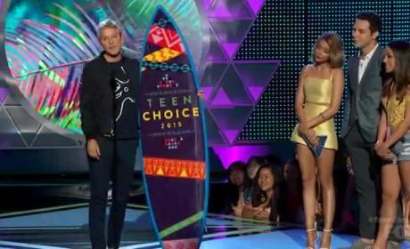 Ellen DeGeneres Delivers Inspiring Message at Teen Choice Awards