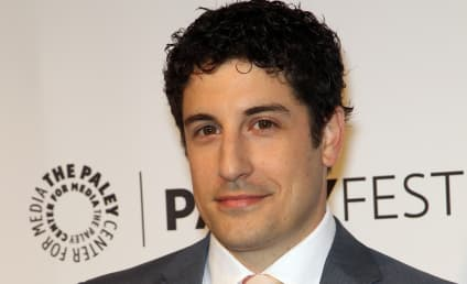 Jason Biggs Apologizes For Malaysia Airlines Tweet, Takes Down Joke