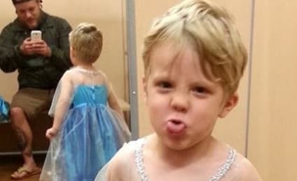 Awesome Parents Dress Son as Elsa for Halloween