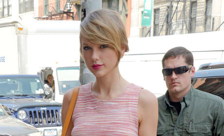 Taylor Swift Hacker: STILL Trying to Sell Nude Photos!