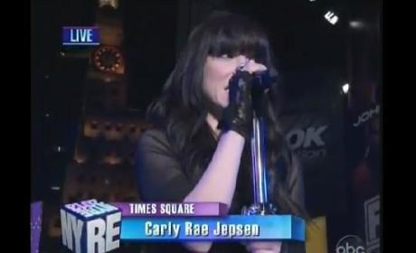 New Year's Eve Performances: Carly Rae Jepsen! Brandy! Pitbull!
