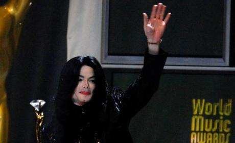Michael Jackson Estate Criticizes, Raises Doubts About Tribute Concert