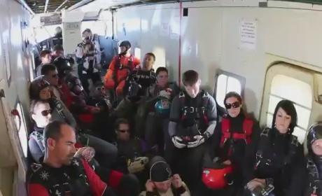 Harlem Shake: Skydiving Style!