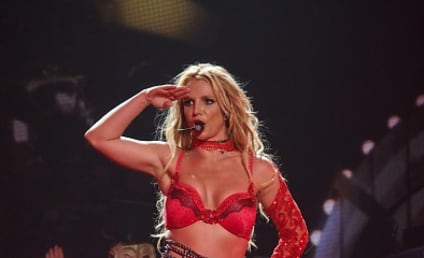 Britney Spears Helps Raise Money for Louisiana Flood Victims