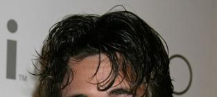 Ryan Eggold Image