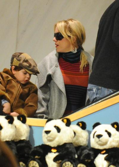 Britney, Sean
