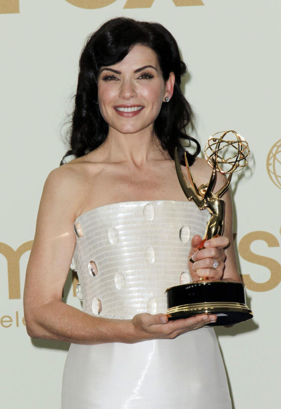 Best Actress in a Drama: Will Win - Julianna Margulies