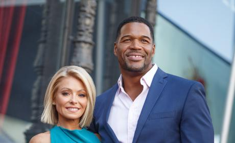Kelly Ripa with Michael Strahan