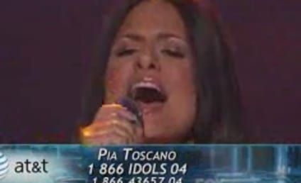 Pia Toscano: Ballad Up!