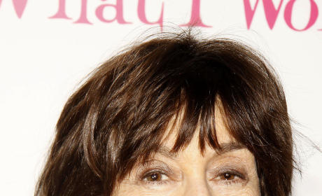 Celebrities Express Condolences, Sadness Over Nora Ephron Passing